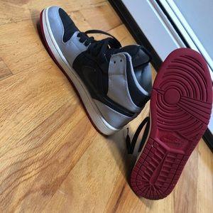 Jordan Shoes - Jordan 1 Mids